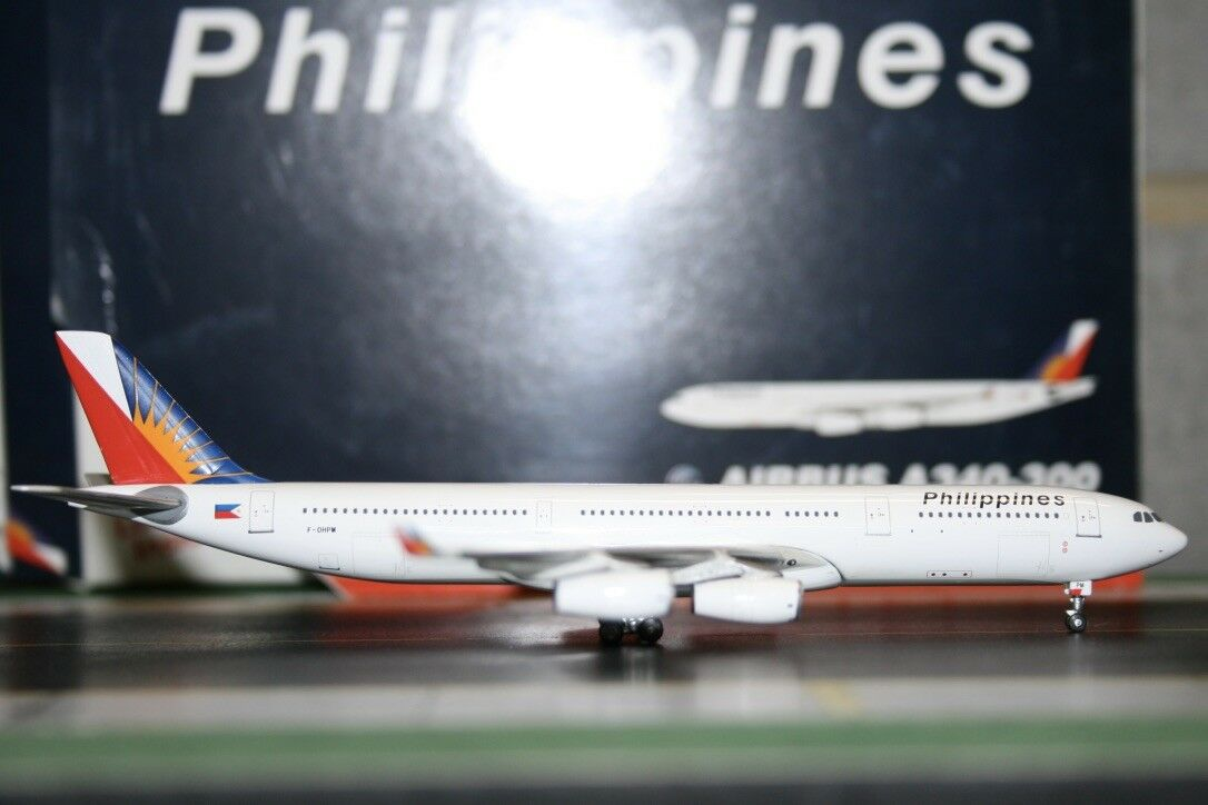 Gemini Jets 1 400 Philippines Airbus A340-300 F-OHPM (GJPAL804) Model Plane