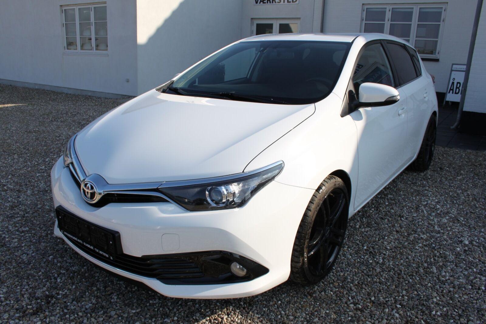 Toyota Auris 1,2 T T2 5d - 149.500 kr.