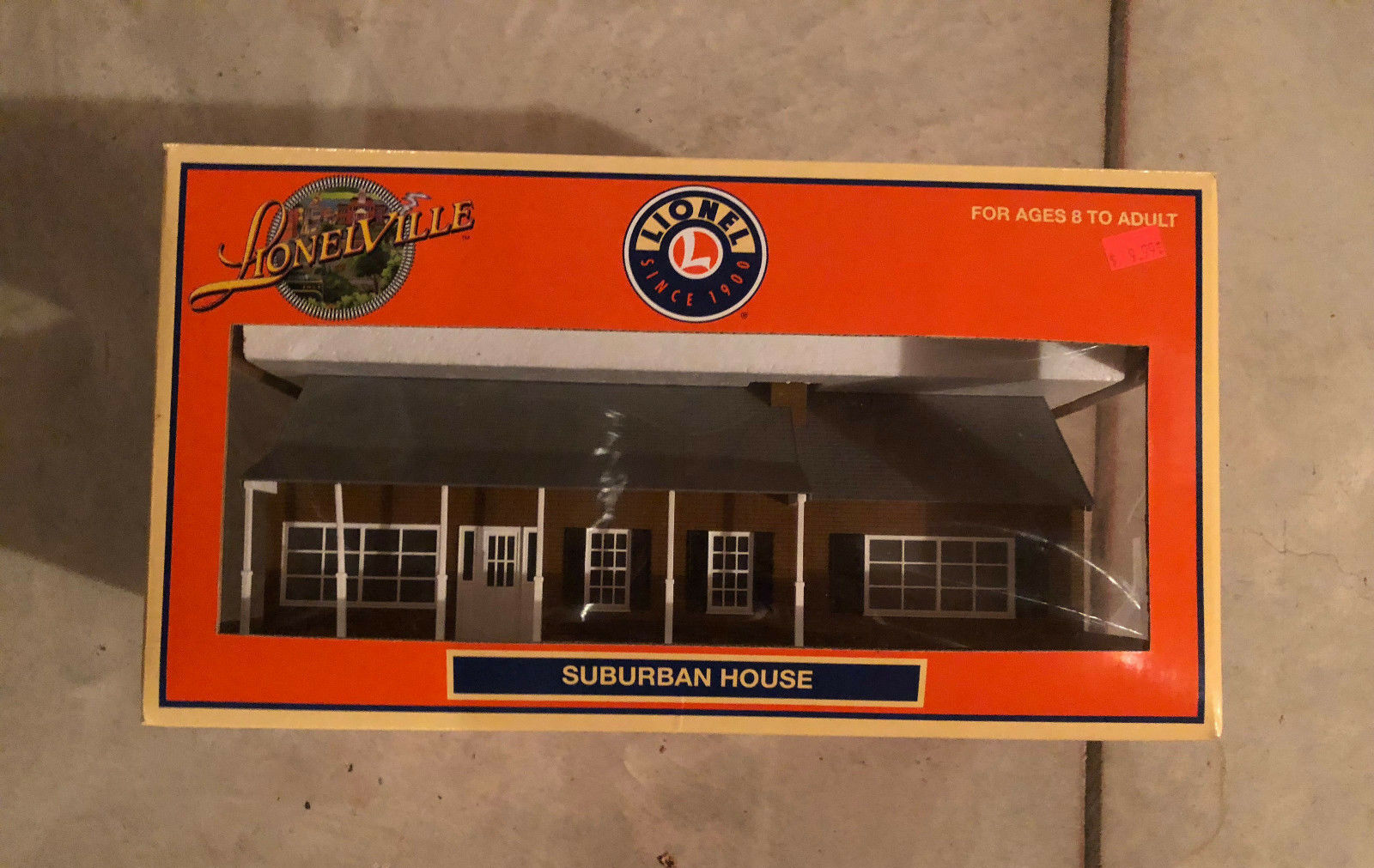 Lionel Large Suburban House 1 NIB FREE SHIP