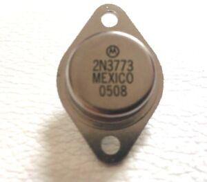 3x MCP1726-ADJE//SN Stabilizzatore di tensione regolabile 6V 0.8 ÷ 5V 1A SMD SO8