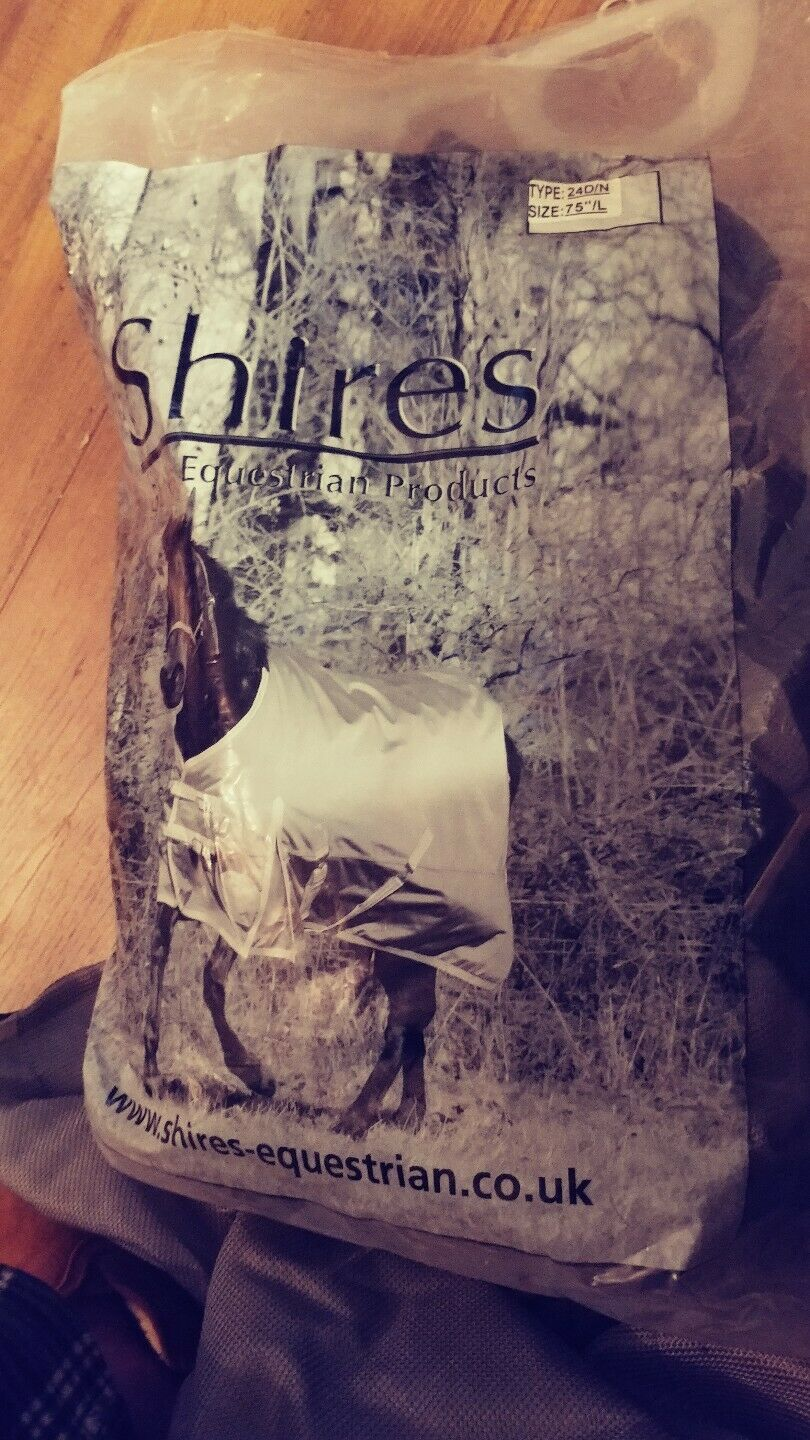 SHIRES EQUESTRAIN BLANKET (BRAND NEW)(SIZE 75  L)  24D N
