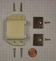 Futaba D-7w-ivory Double Magnetic Push Latch, Plastic, 15mm Throw