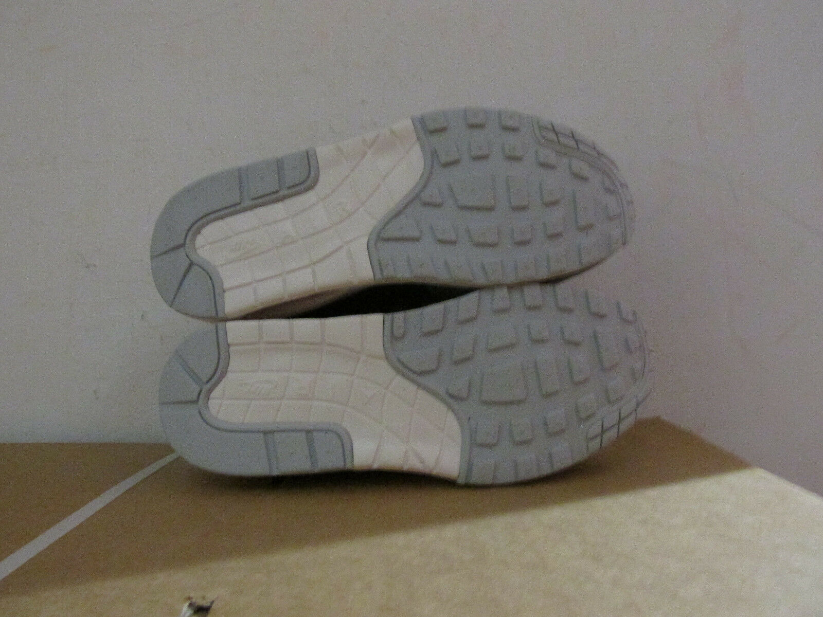 Nike femmes Air Max 1 Cmft PRM Tape Trainers Trainers Trainers 599895 006 Baskets CLEARANCE 7324a3
