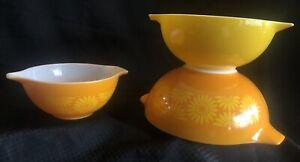 Vtg Set Of 3 Pyrex Sunflower Daisy Cinderella Nesting Bowls #442-443-444