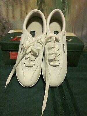 easy spirit casual api white leather tennis shoes 4 1/2b
