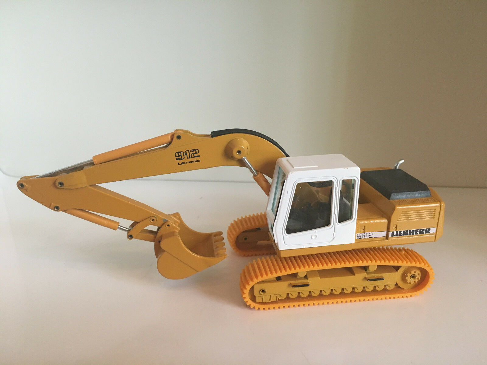 Liebherr R 912 Escavatore catene di Conrad 2829 in 1 50