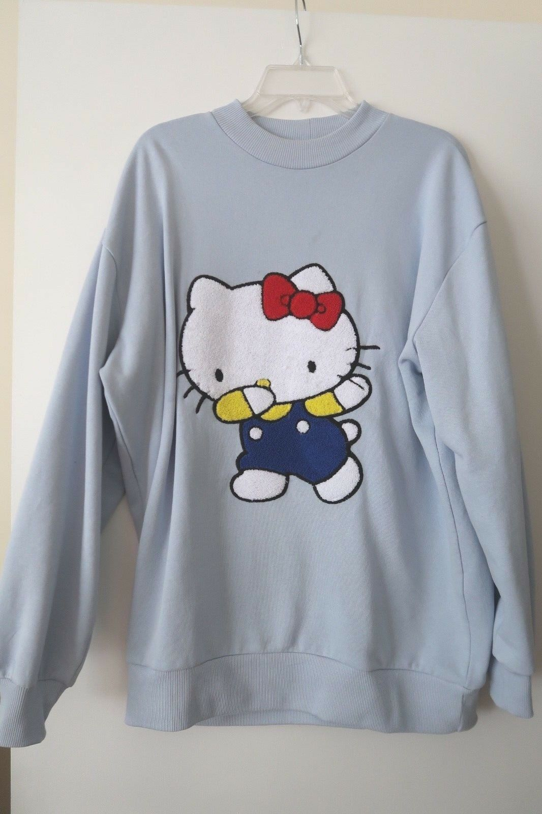 Hello Hello Hello Kitty X ASOS   Dabbing  Oversized Sweatshirt Size 6 b20f0d
