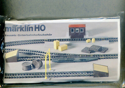Märklin -- H0 -- Kit Merci Stazione Accessori -- Non Aperto ---behör -- Nicht Geöffnet -- It-it Mostra Il Titolo Originale L'Ultima Moda
