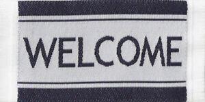 1:12 Petites Tissé Noir & Blanc Paillasson Maison De Poupées Miniature Porte Tapis-afficher Le Titre D'origine Art De La Broderie Traditionnelle Exquise