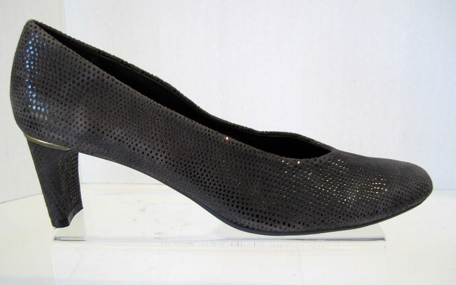 Womens Van Eli  Brown suede pumps/ shoes Reptile Print  Size. 9.5 N, NEW