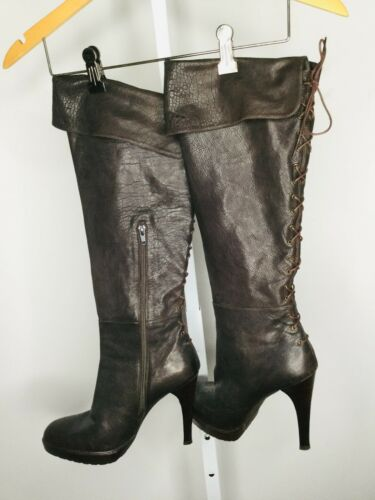 STUART WEITZMAN Brown Leather Size 9 Lace Up Knee