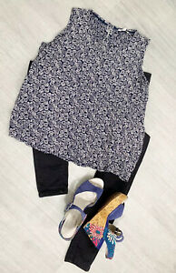 Fat-Face-Ladies-Blouse-Floral-White-Navy-s-Blue-Sz-14-Sleeveless-Casual-Blogger
