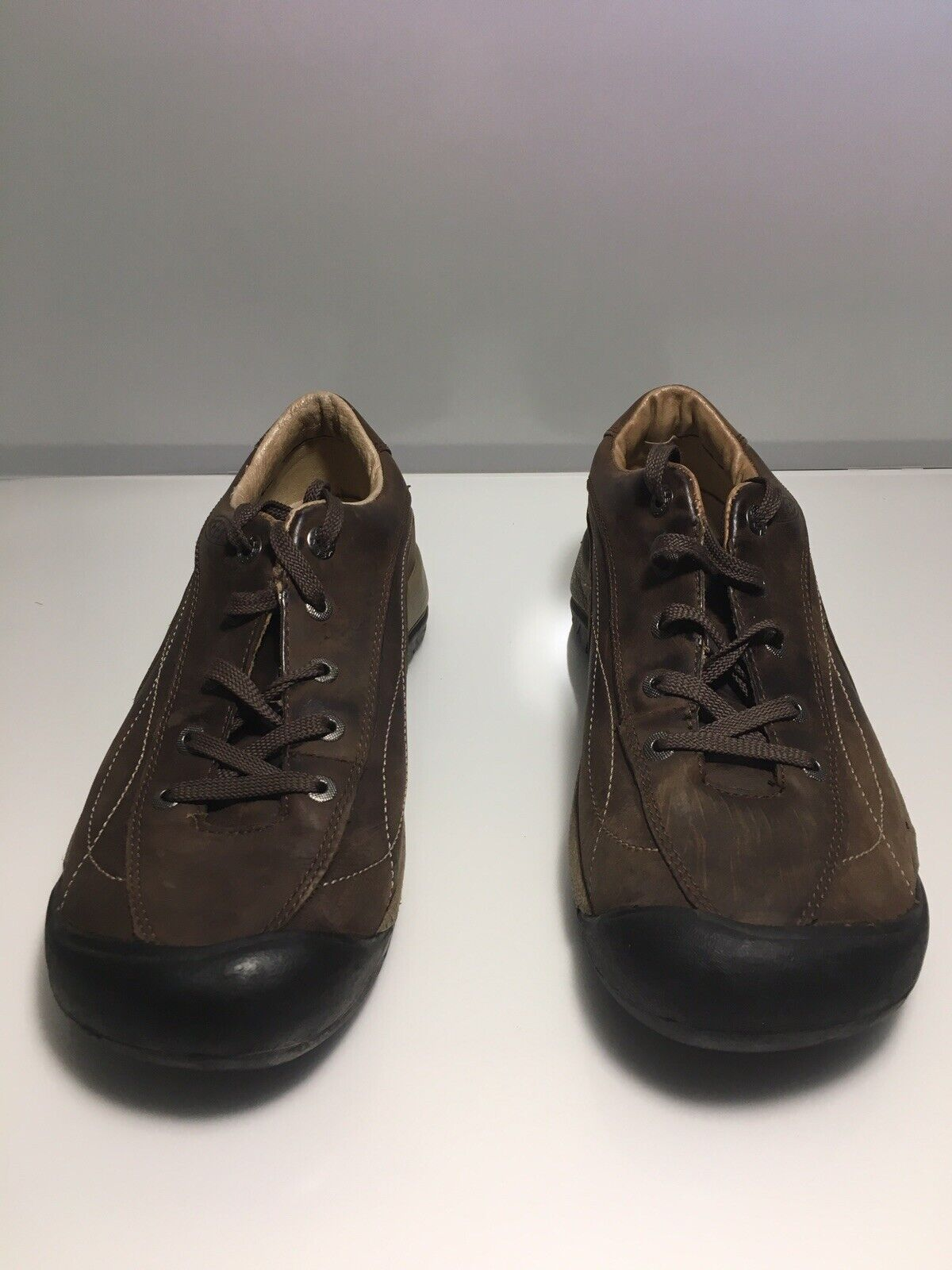 KEEN Casual Leather Hiking shoes Mens sz 9