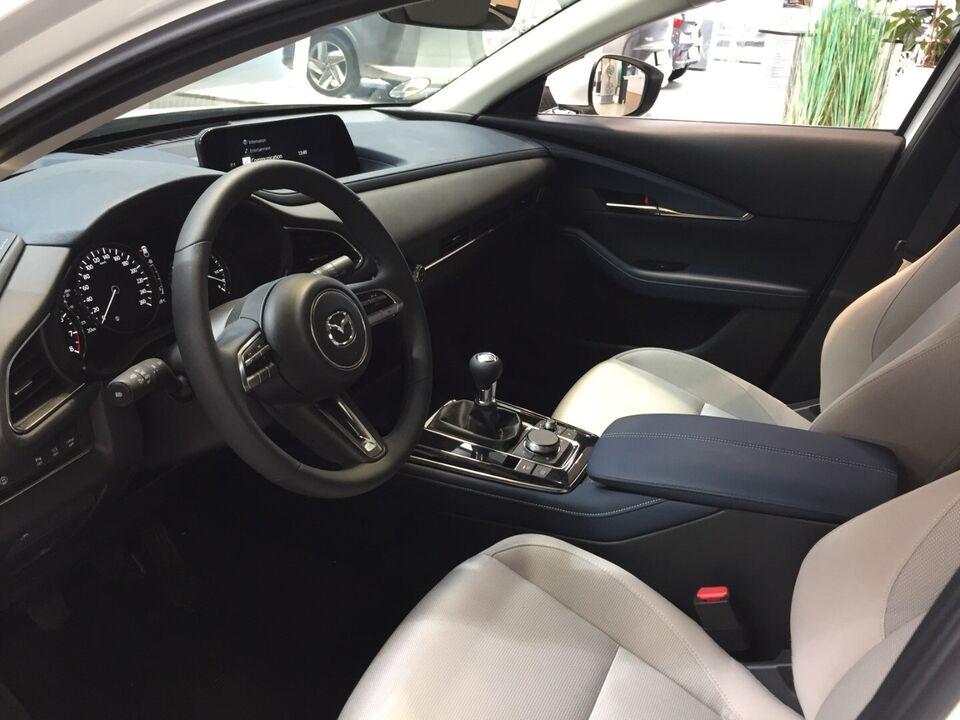 Mazda CX-30 2,0 Sky-X 180 Sky Benzin modelår 2020 km 1000