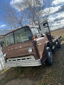 1982 Ford F 650 C-700 Cabover