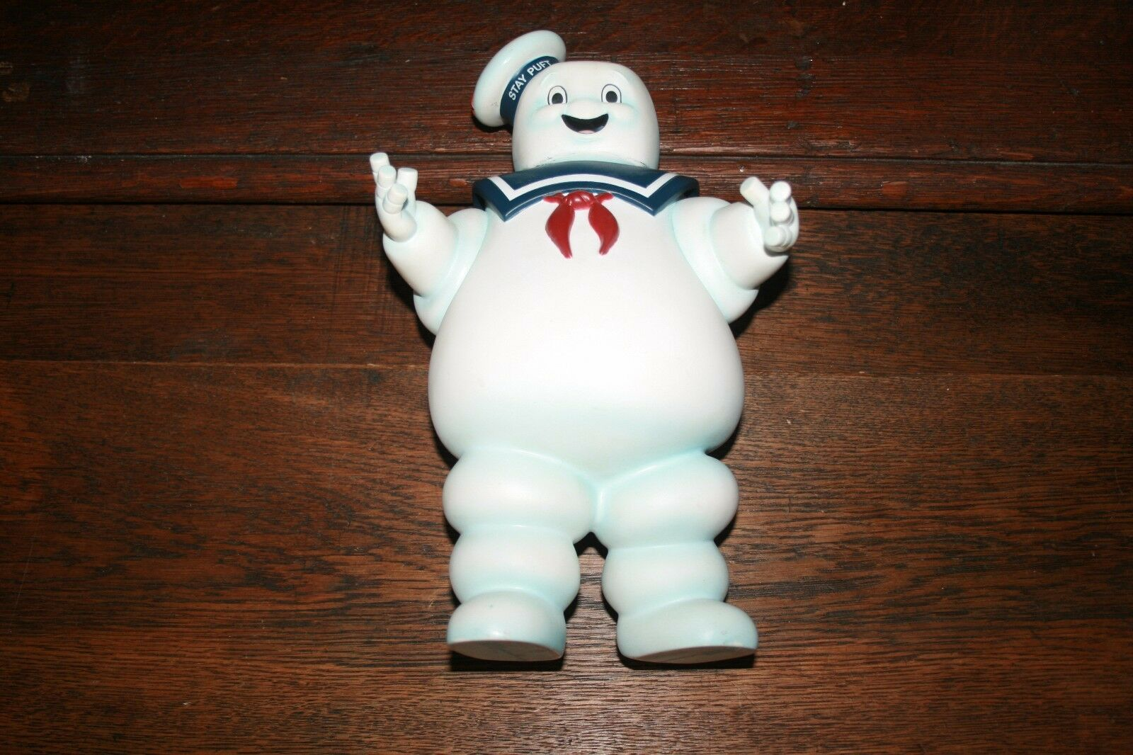 STAY PUFT TIRELIRE 091027LY GHOSTBUSERS TM&C 2009 COLUMBIA PICTURES INC