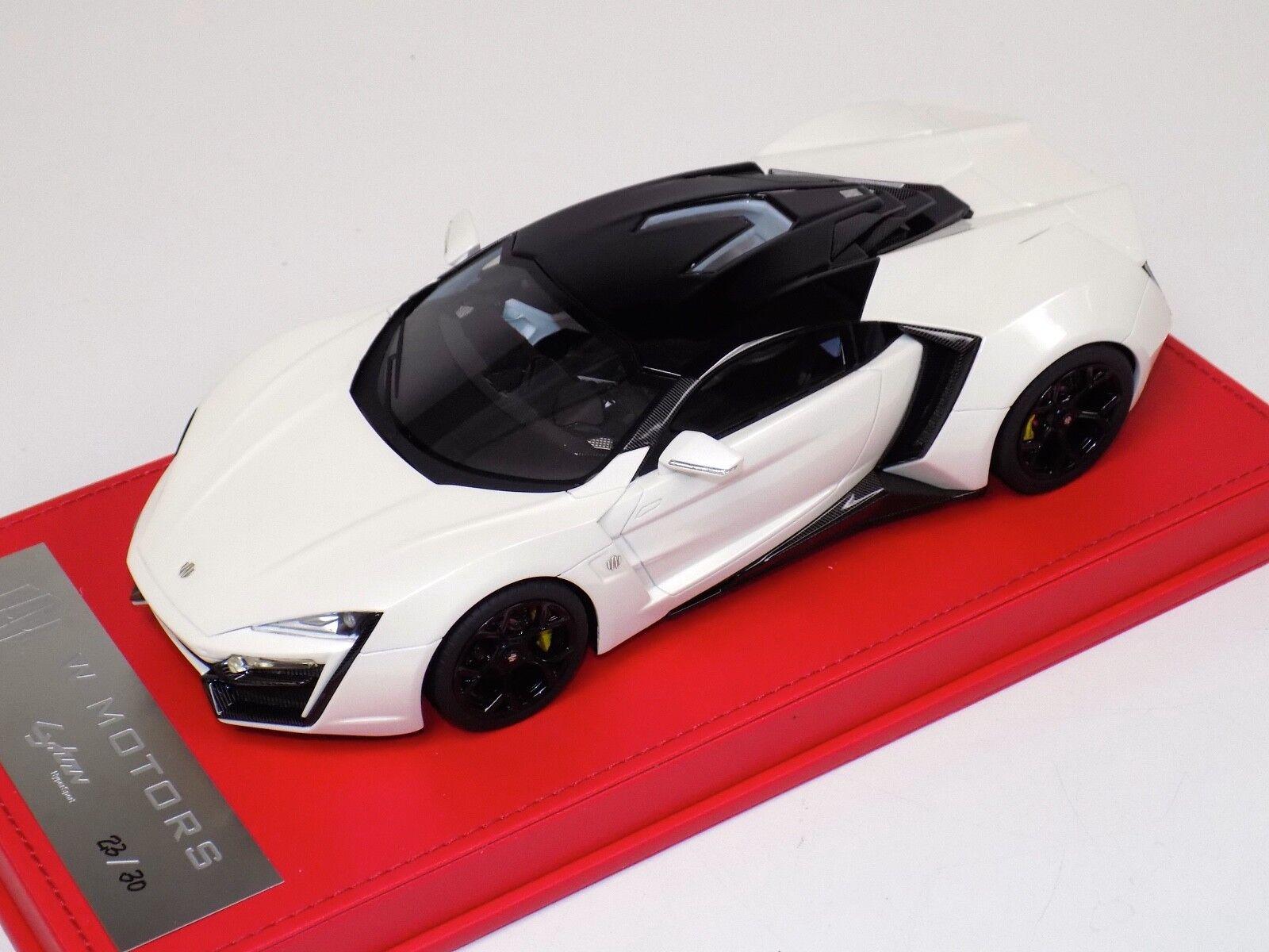 1/18  W Motors Lykan Hybersport in White
