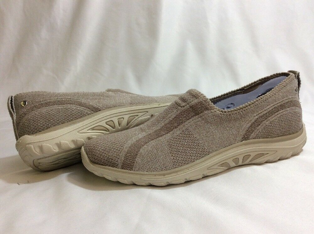 SKECHERS Relaxed Fit, Memory Foam, Athletics femmes 's  Chaussures  , Khaki