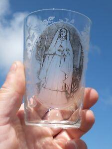 Ancien-verre-gobelet-grave-Souvenir-de-1ere-Communion