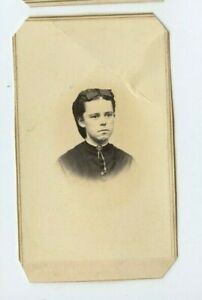 Civil-War-Era-Woman-stamp-on-back-by-W-H-Jennings-Norwich-CT-N57