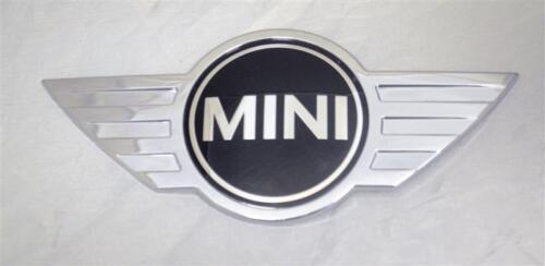 Mini Cooper Countryman F60 Front badge emblème logo Genuine 51147351373 7351373