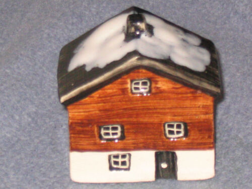 STUDIO POTTERY TEY  COTTAGES COTTAGE  HOUSES HOUSE FREE UK POSTAGE