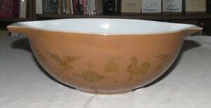 Pyrex-Americana-444-Four-Quart-Cinderella-Bowl