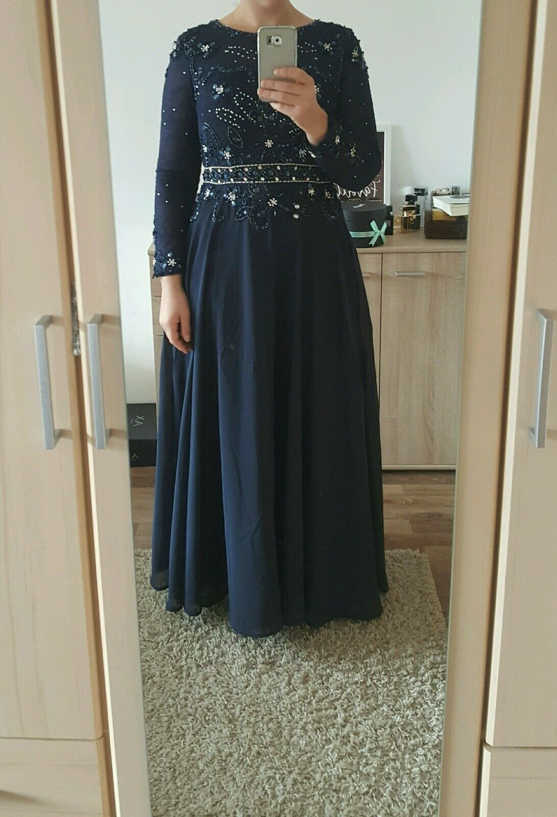 Evening dress, Größe 42, new. It was 520 when I bought it, I sell with  (neg