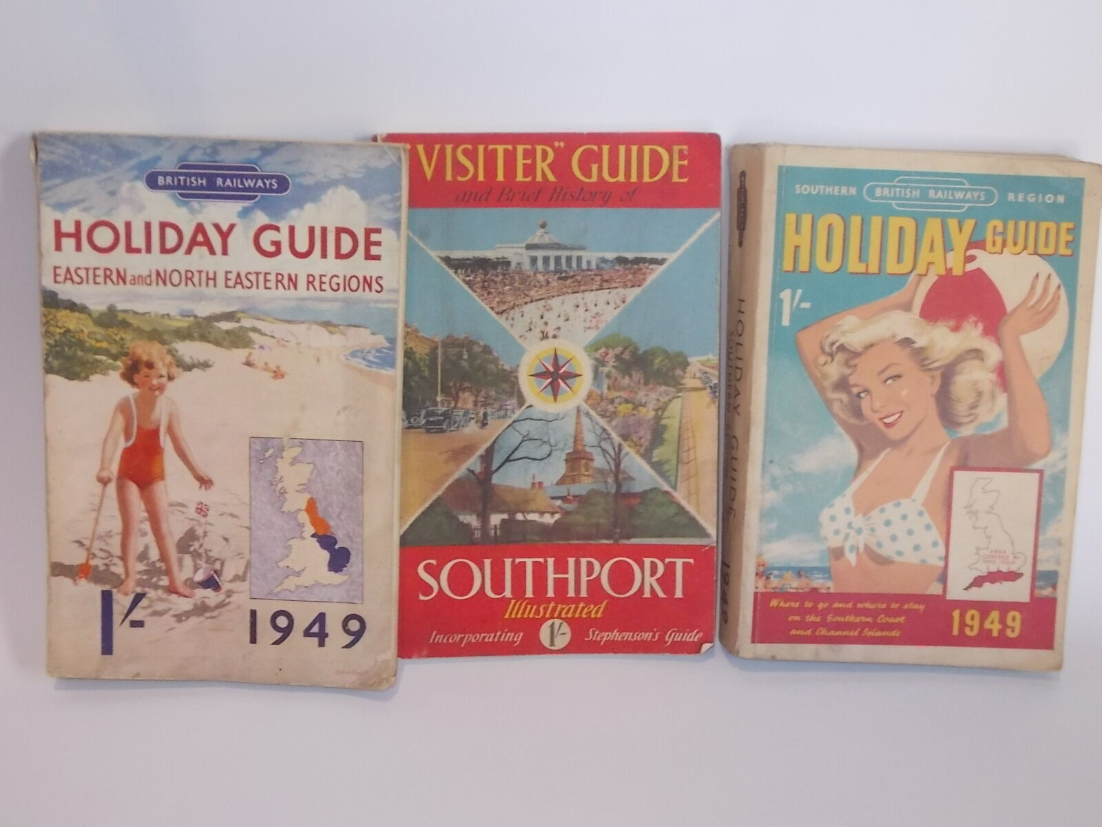 N.3 guide turistiche inglesiHoliday guide  1949