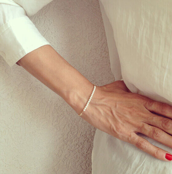 Wholesale Ladies Delicate Elegant Simple Pearl Bead Gold Chain Bracelet Jewelry