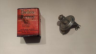 Genuine GM Delco Remy NOS 1954 Pontiac Chieftan Starchief Vacuum Advance