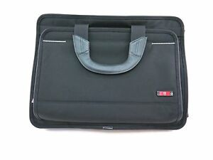 New-Victorinox-Sample-Slim-Laptop-Carrier-Black