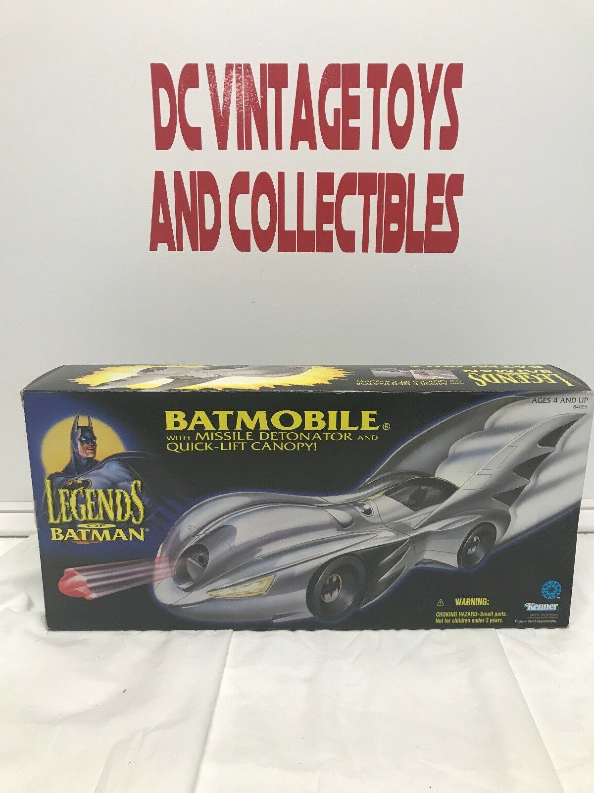 Bathomme Legends of Bathomme, Batmobile avec Bathomme  figurekenner, 1994 – FACTORY SEALED  aucune hésitation! achetez maintenant!