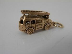 VINTAGE-STYLE-9ct-GOLD-FIRE-ENGINE-CHARM-LIFT-UP-LADDER-CHARM-HALLMARKED
