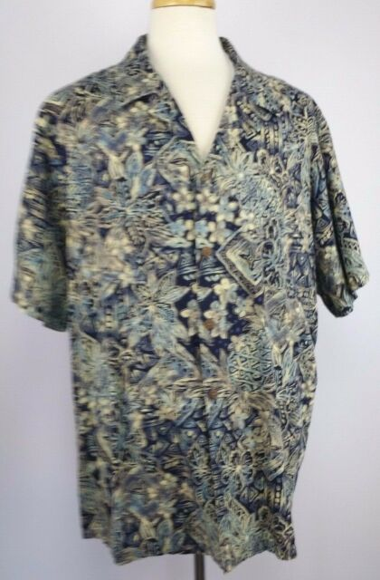 Hilo Hattie Size 3X Navy/Cream Floral Hawaiian Shirt Coconut Shell Button SS