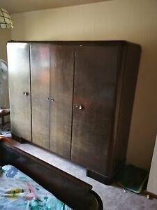 Details zu Massivholz Schlafzimmer gebraucht