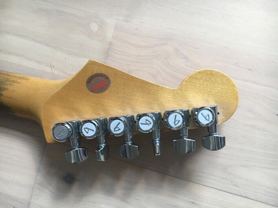 Fender (jpn) Stratocaster
