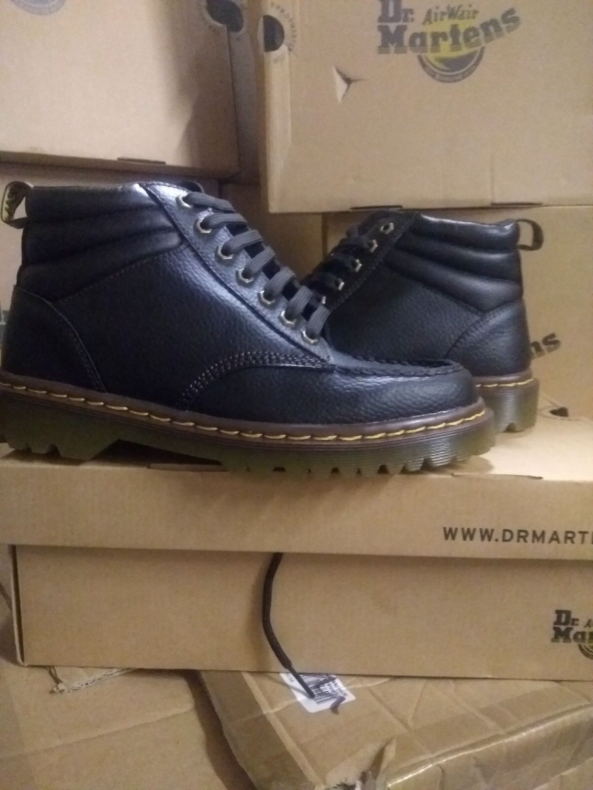 DR MARTENS 7 EYELET BOOT BROWN SIZE 8
