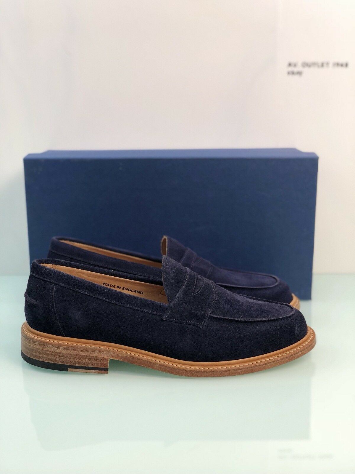 Mocassino In Suede Navy Sanders Modello Isaac Goodyear Welted Made In England