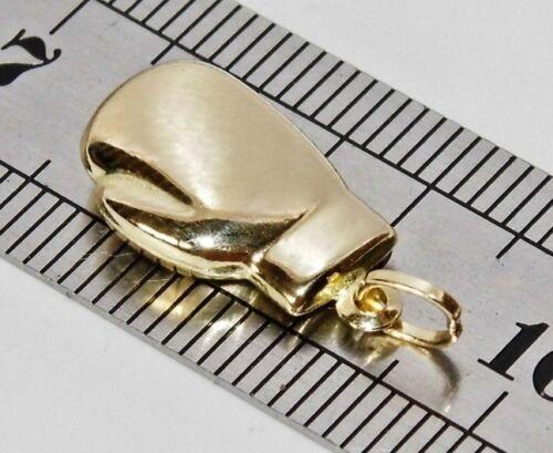 9ct Yellow Gold Boxing Glove Pendant