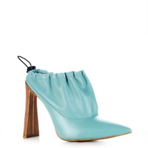 Size 6 Yevrah Womens Designer PALE BLUE Heel Made in Brazil The Diver Heels