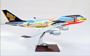 Large-Singapore-Airline-Airbus-747-Special-Tropical-Livery-Airplane-Aeroplane