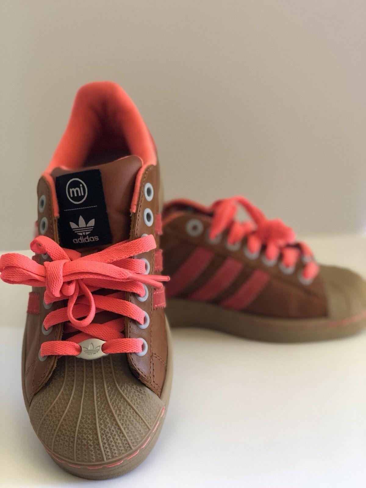 maßgeschneiderte adidas superstar größe neon 5,5 bei männern brown neon größe selten 97410c