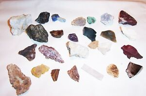 Mineraliensammlung-mit-26-Mineralien-Bernstein-Angelit-Vulkanglas-Lapislazuli