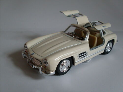 Auto Modell ca.1:36 1954 Mercedes-Benz 300 SL Coupe weiss