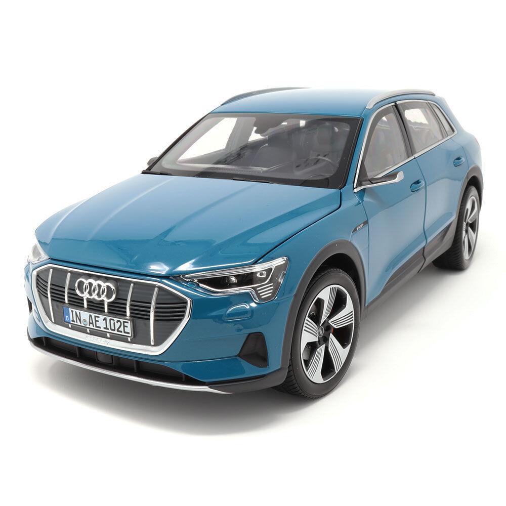 Audi e-tron 1 18 antiguaazul 5011820651 coche modelo miniatura norev azul