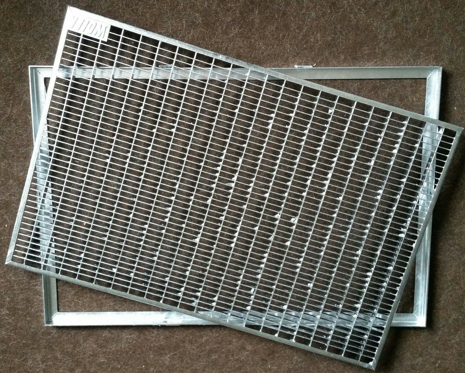 Fußabstreiferrost Schuhabstreifer Rost 30 10 Normgitterrost 75 x 50 mit Zarge