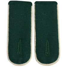 GERMAN GREEN (WHITE PIPE) SHOULDER BOARDS - WW2 REPRO