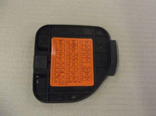 KIA SORENTO 2002-2009 INTERIOR FUSE BOX COVER LID TRIM DRIVERS SIDE FOOTWELL