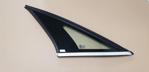 Genuine Vauxhall Vectra C Passenger Side Rear Quarterlight Glass 24445121